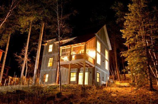Cash`s Sluice Lodge - Image 1 - Lead - rentals
