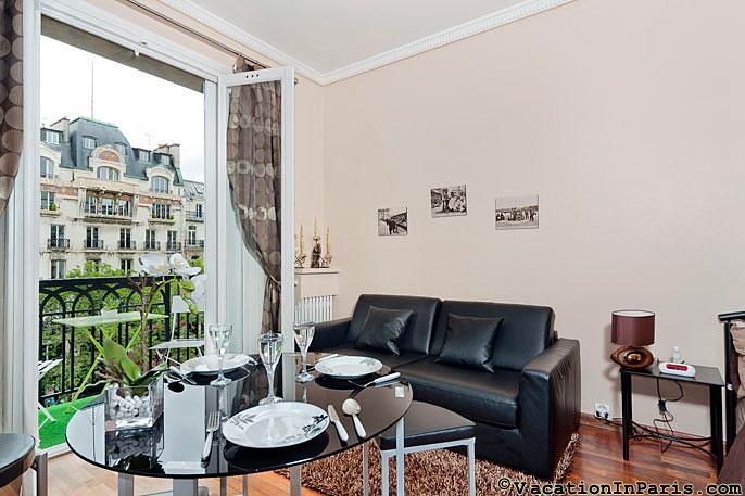 281/madeleine-delight-studio-with-balcony - Image 1 - Paris - rentals