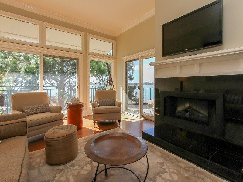 Living Room with Views of Calibogue Sound at 1882 Beachside Tennis - 1882 Beachside Tennis - Sea Pines - rentals