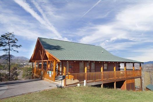 BEAR COUNTRY - Image 1 - Pigeon Forge - rentals