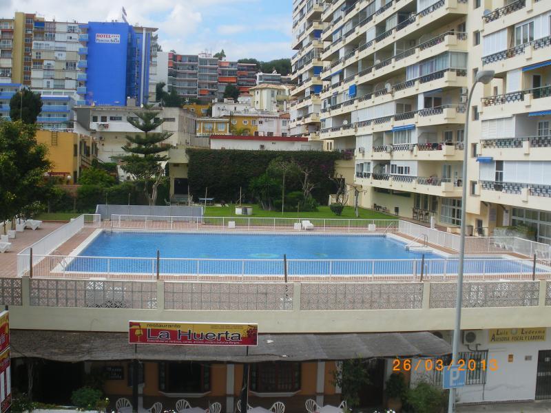 Nucleo Cristal Apartments - Image 1 - Torremolinos - rentals