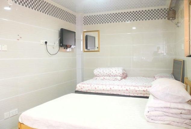 Vacation Rental with 2 Bedrooms in Hong Kong Near MTR - Image 1 - Hong Kong - rentals
