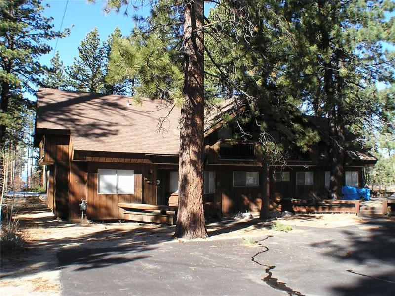 Mountain Chalet in Private Gated Community, Walking Distance to Lake Tahoe (ST48) - Image 1 - South Lake Tahoe - rentals