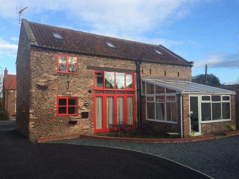 Rear of house - The Red Barn - York - rentals