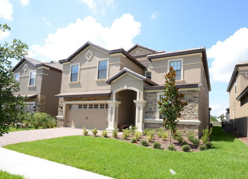 Luxury 8bed Pool Home, GR/INT- Frm $245nt! - Image 1 - Orlando - rentals
