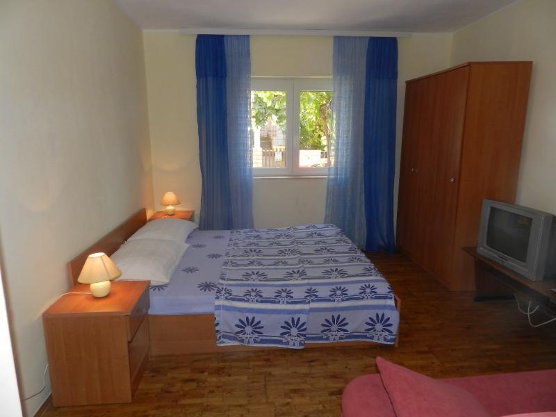 Apartment Mara - 10861-A1 - Image 1 - Vodice - rentals