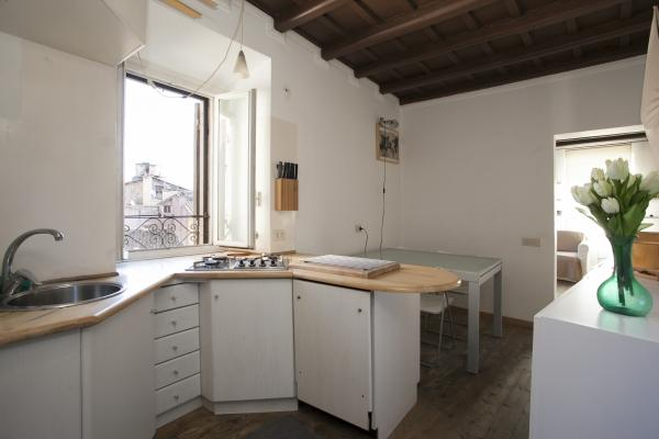 CR346 - Lovenest in the heart of Campo dei Fiori - Image 1 - Rome - rentals
