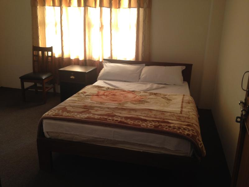 King size double comfort master bed room - Apartment in Pokhara , Nepal - Pokhara - rentals