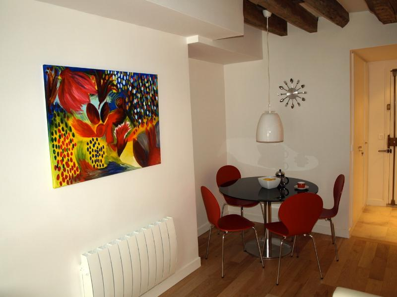 ParisApartment4U - Your Home Away From Home - Image 1 - Paris - rentals