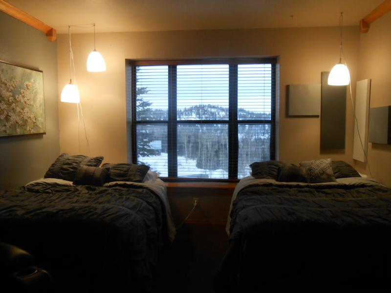 Evening View out window - Cedar Breaks Lodge sleeps 5.. indoor pool/hot tubs - Brian Head - rentals