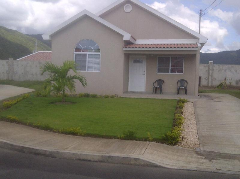 Morgan's Retreat 2 BR House Gated Community near K - Image 1 - Portmore - rentals