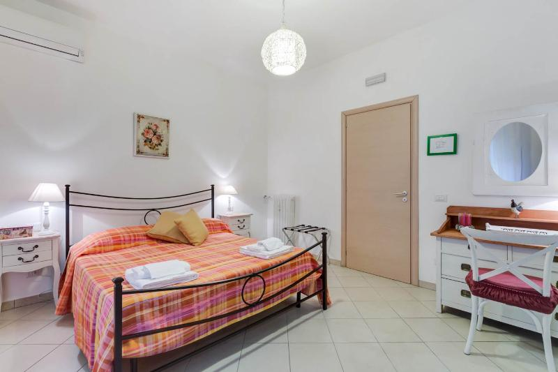 LOVELY APARTAMENT  CLOSE THE VATICAN ( CENTRAL AREA ) - Image 1 - Rome - rentals
