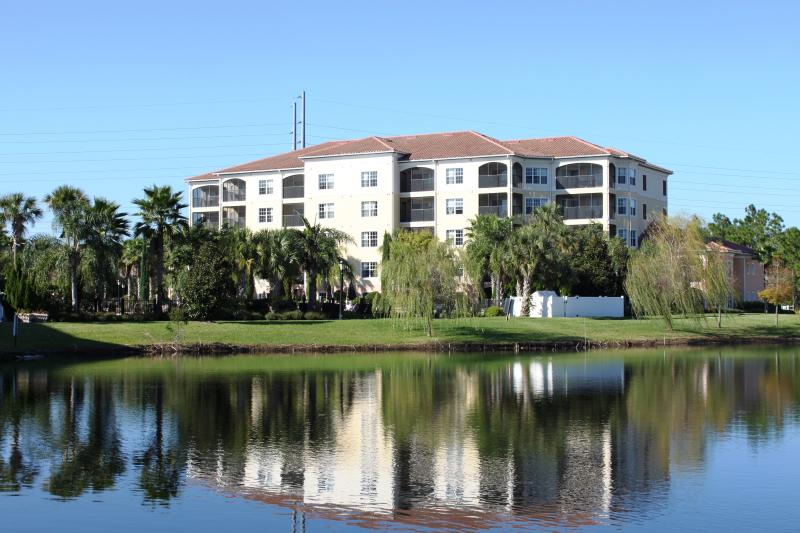 3Bed Condo- No Pool Access- Disney 1Mile- From $89 - Image 1 - Orlando - rentals