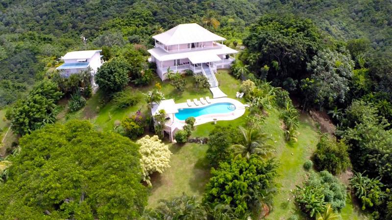 Ariel View - Mahogany Ridge, Elegant comfort,Pool, Ocean Views. - Black Rock - rentals