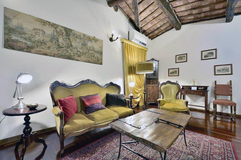 Residenza Corniola - Windows on Italy - Image 1 - Siena - rentals