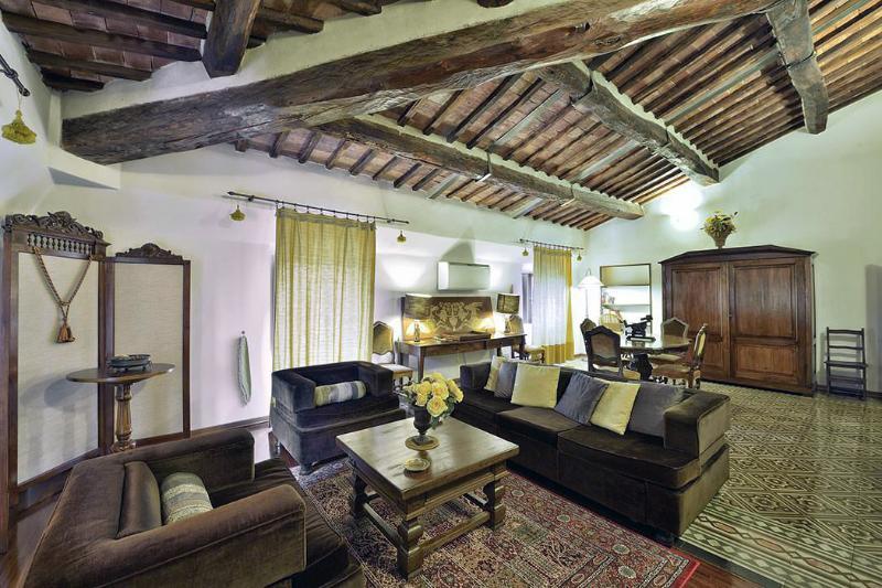 Residenza Ambra - Windows on Italy - Image 1 - Siena - rentals