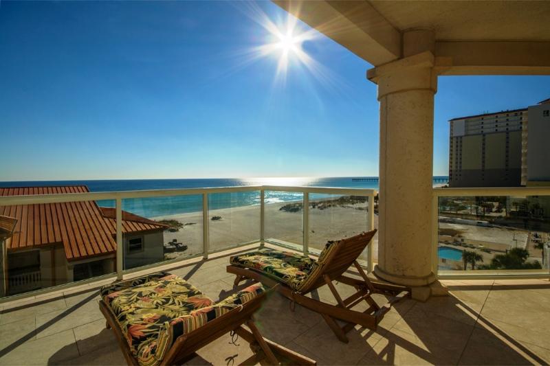 4th Fl.  4/4 Beach Club- Fit for a King & BeachBum - Image 1 - Pensacola Beach - rentals