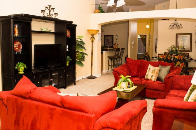 Large family room with flat screen TV, Xbox 360, DVD/Blu-ray and cable access - Beautiful 5 Bed/4 Bath Walt Disney World Villa - Clermont - rentals