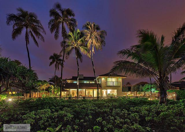Place in Paradise - Kailua Beachfront - Spacious 5 Bedroom Home in Kailua's Best Location - Kailua - rentals
