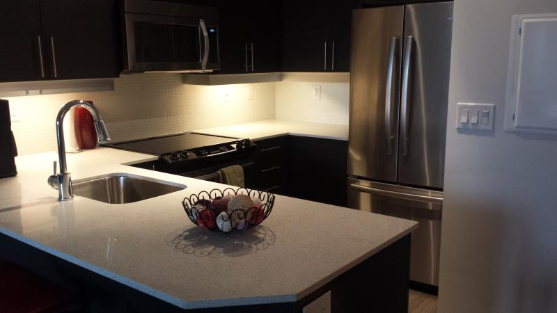 Trendy 2 Bed Condo @ Heart of Liberty - Image 1 - Toronto - rentals