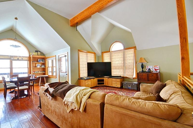 In town! 4bd/2.5ba luxury home! Sauna, Grill, Deck - Image 1 - Crested Butte - rentals