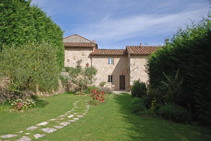 GRAN BURRONE - Image 1 - Borgo a Mozzano - rentals
