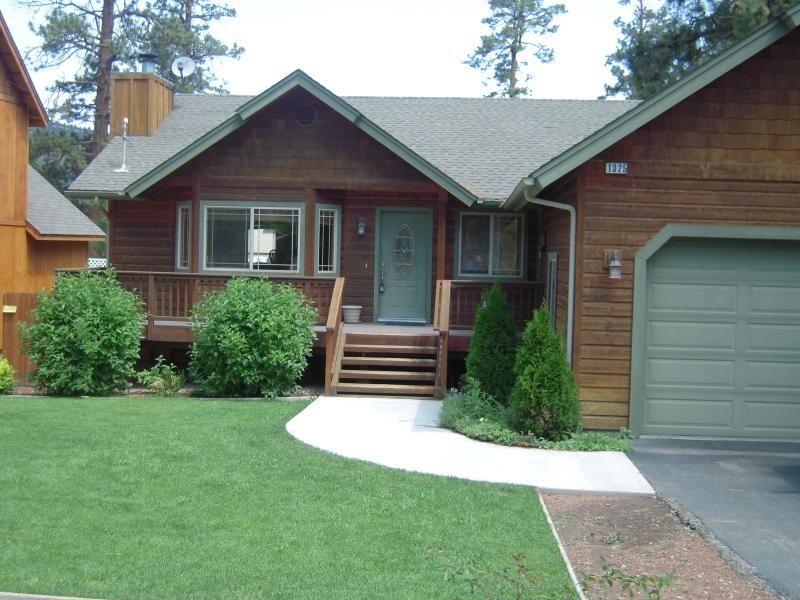 Front view - Big Bear Cabin -Pet-friendly rental -3 bdrm/2 bath - Big Bear City - rentals