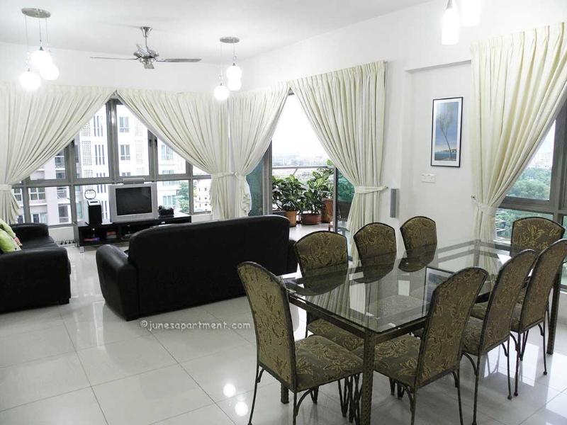 Open plan living / dining room very child friendly. - Junes Apartment - Kuala Lumpur - rentals