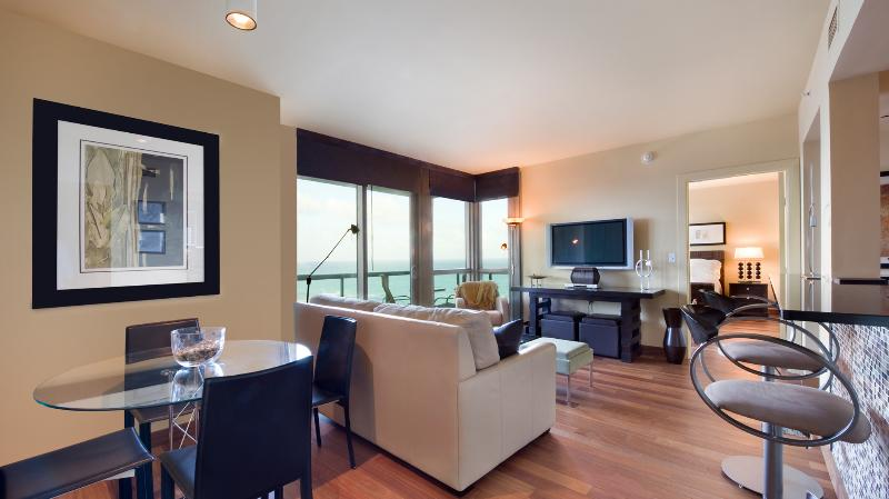 SETAI SPECTACULAR AND MODERN 1 BEDROOM 19th FLOOR - Image 1 - Coconut Grove - rentals