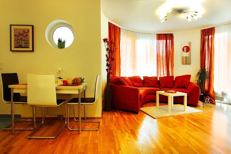 Sunny Apartment Oval Residence - Summer PROMO - Image 1 - Vienna - rentals