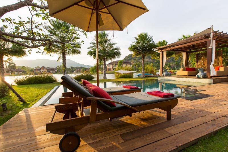 Villa Dasiri Luxury Lake front Villa - Image 1 - Hua Hin - rentals