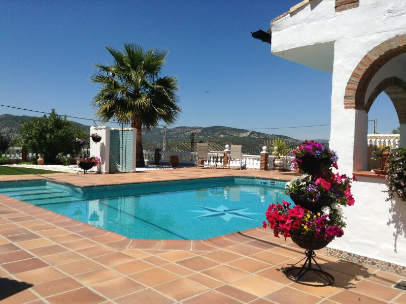 Kayenne pool with a view, lovely on a hot summers day. - Iznajar - Beautiful Andalucian 1 Bedroom Bungalow - Iznajar - rentals