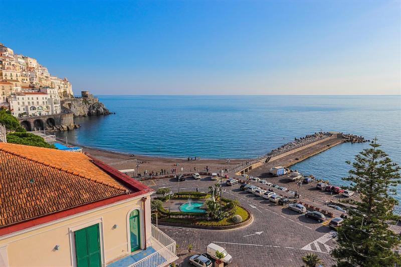 Apartment Dogi B in the hearth of Amalfi - Image 1 - Amalfi - rentals