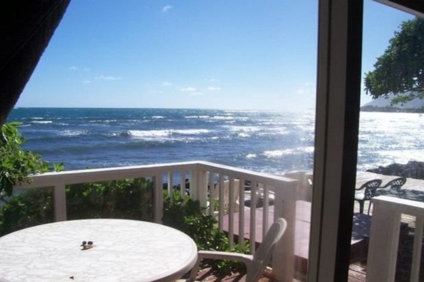 Hale Lanikeha - 3br beachfront home w/ hot tub - Image 1 - Hauula - rentals