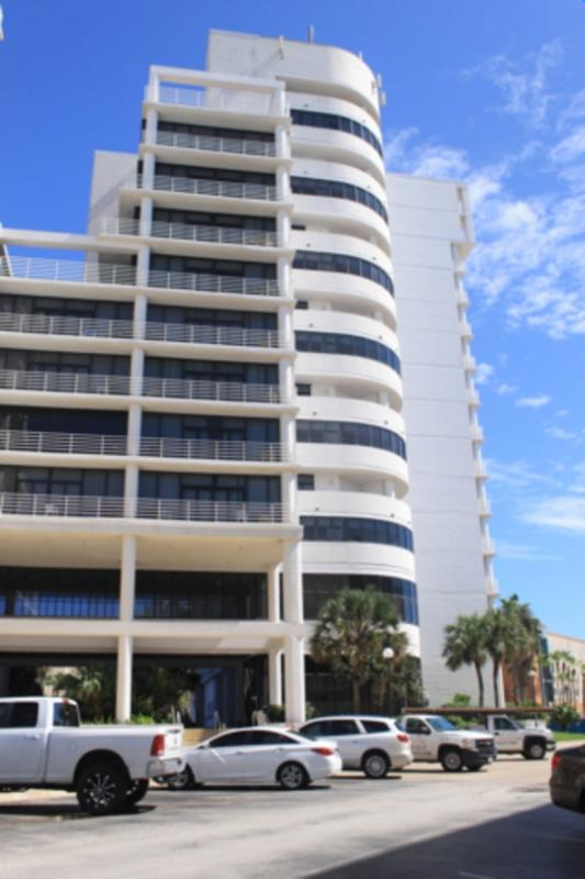 Sunchase IV 321 Great views, 2 levels, 3 balconies - Image 1 - South Padre Island - rentals