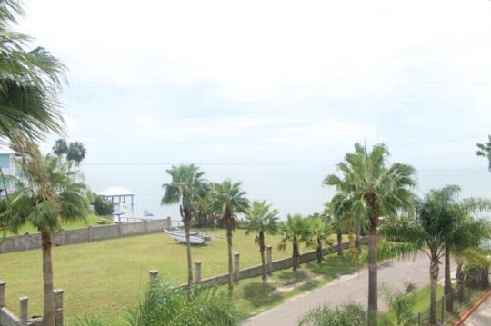 Tierra Encantada 309  Bayfront boatslips & storage - Image 1 - South Padre Island - rentals