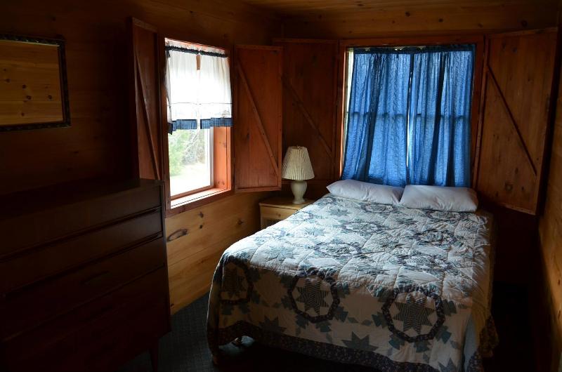 Tamarack - Image 1 - Lake George - rentals