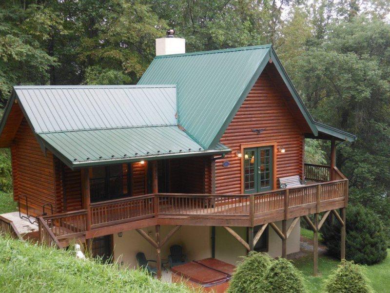 Cabin Overlooking the Watauga River Valley - Cromartie House - Boone - rentals
