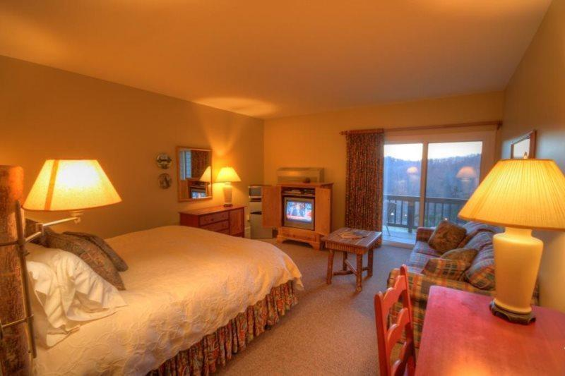 Cozy Inn Room With a View - Yonahlossee Inn 552 - Blowing Rock - rentals