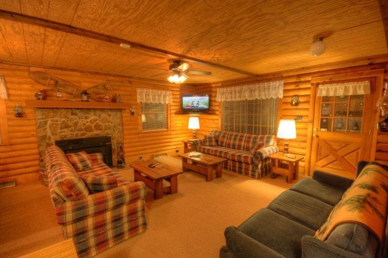 Spacious Living Room With Lots of Seating, Stone Fireplace and Flat Screen TV with DVD Player - Sugar Mountain Retreat - Sugar Mountain - rentals