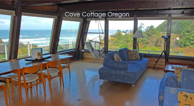 Cove Cottage Oregon - Cove Cottage Oregon, 3 bedroom, 2 Bath, Sleeps 6 - Arch Cape - rentals