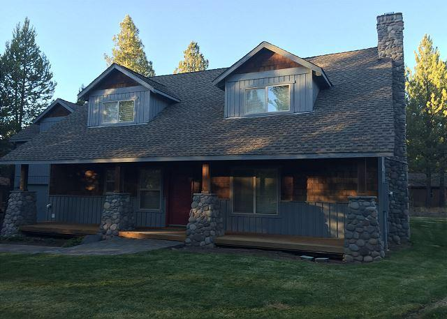Family-Reunion Sunriver Home with 3 Master Suites and Bunk Beds Near Park - Image 1 - Sunriver - rentals