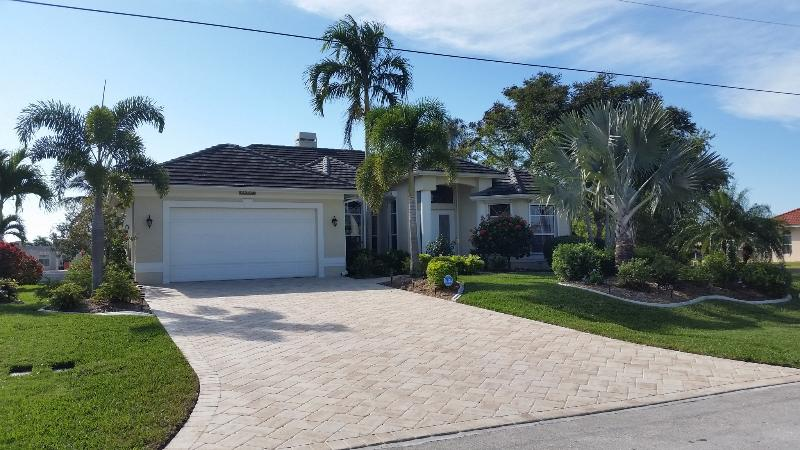 Front of the house - Villa La Belle - Romantic Waterfront Home - Cape Coral - rentals