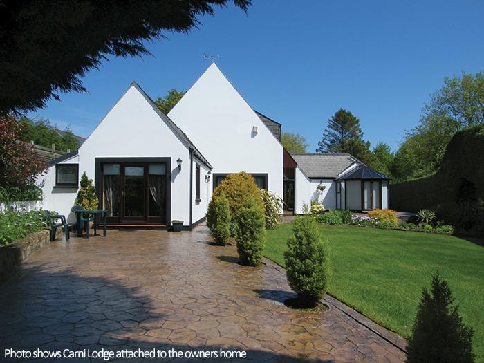 Holiday Property - Carni Lodge, Goodwick - Image 1 - Pembrokeshire - rentals