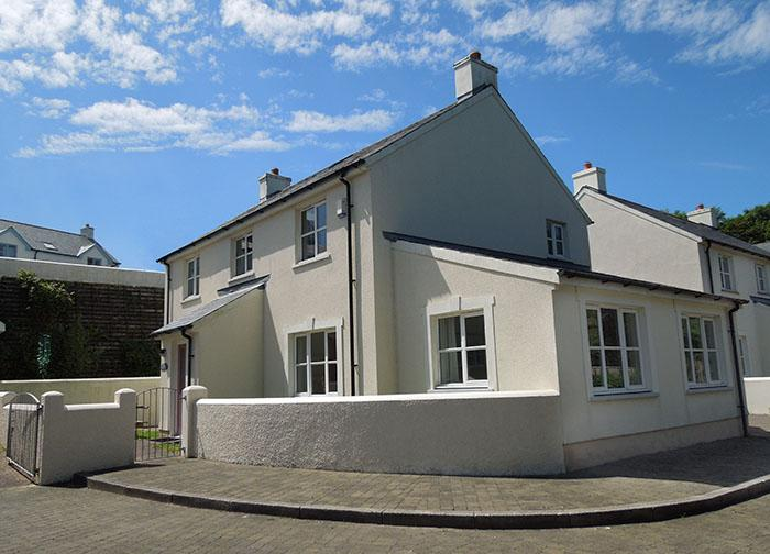 Five Star Child Friendly Holiday Home - Bryn y Mor, Little Haven - Image 1 - Little Haven - rentals