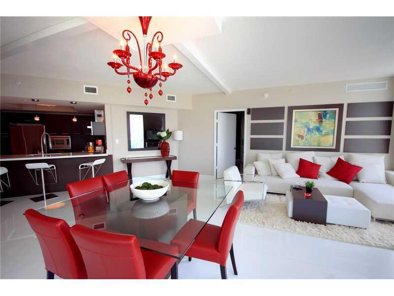 Living Room - Waterfront Luxury 3 Bedroom In Sunny Isles -5 Star - Coconut Grove - rentals