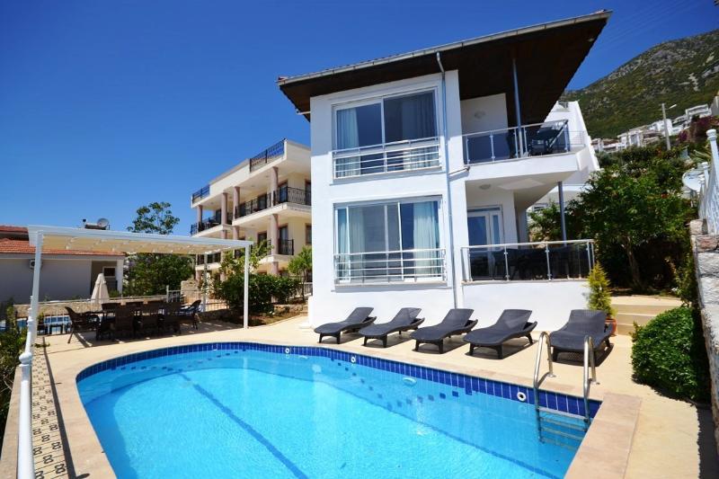 4 Bedroom Seaview Villa Near Town in Kalkan (FREE CAR OR TRANSFER) - Image 1 - Kalkan - rentals