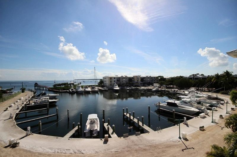 Your marina and ocean view - Upscale~Ocean Views~Larger Parties Approved~131 MC - Key Largo - rentals