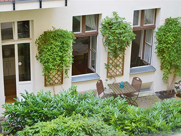 View of Berber's private terrace - 'Berber' Prenzlauer Berg Apartment with Terrace - Berlin - rentals