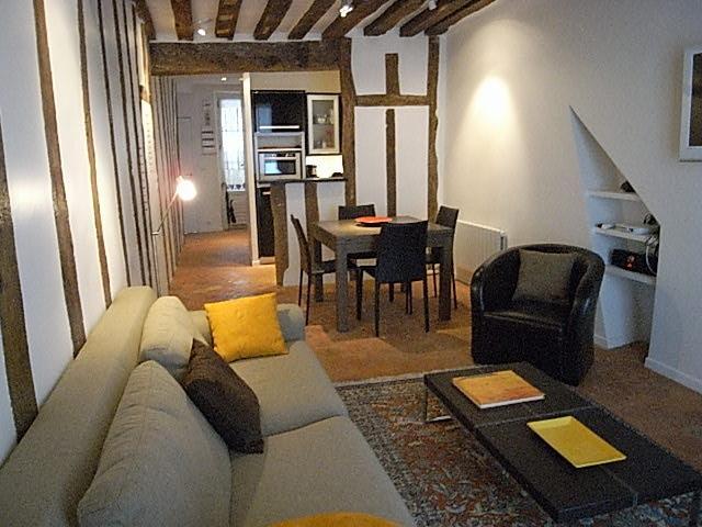 2 Bedroom at Saint Sulpice in Paris - Image 1 - Paris - rentals